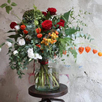 Love Bouquet in glass vase